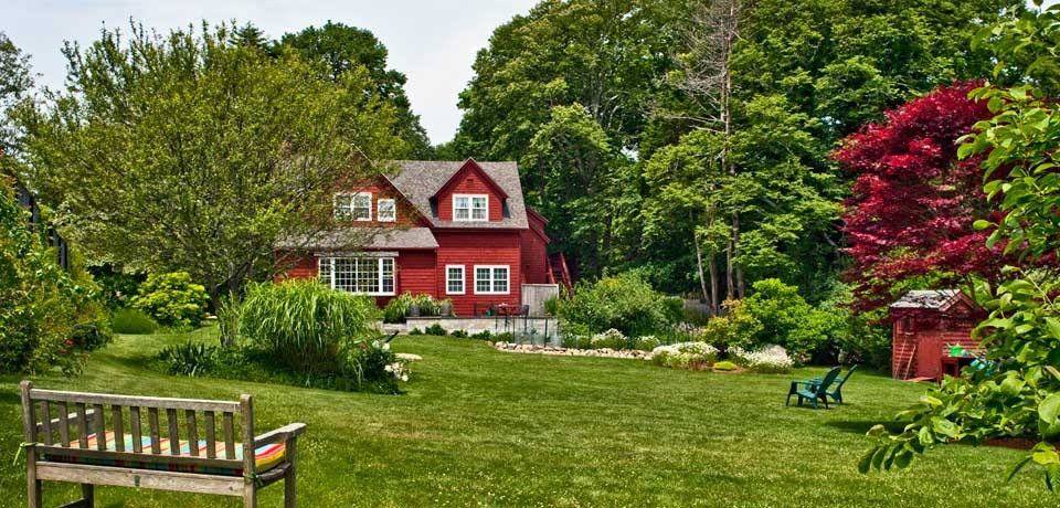 Woods Hole Passage Bed & Breakfast Inn (Falmouth, MA)